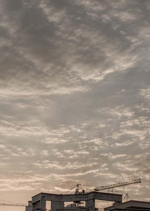 ادیت عکس raw لایت روم اندروید رضاصاد نمونه کار تهران آسمان ابری ساختمان ابر